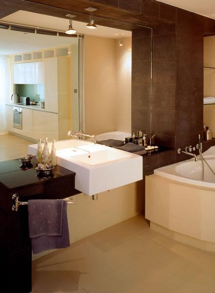 glas b der badezimmer und glas spiegel und duschen glaserei amberger glas. Black Bedroom Furniture Sets. Home Design Ideas
