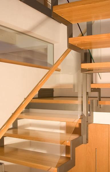 treppen treppengel nder glas absturzsicherung glas gel nder glas amberger glas amberg. Black Bedroom Furniture Sets. Home Design Ideas